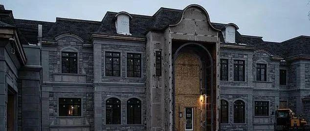 夸张! Pornhub创始人加拿大豪宅曝光 坐落黑帮一条街 富丽堂皇似城堡!