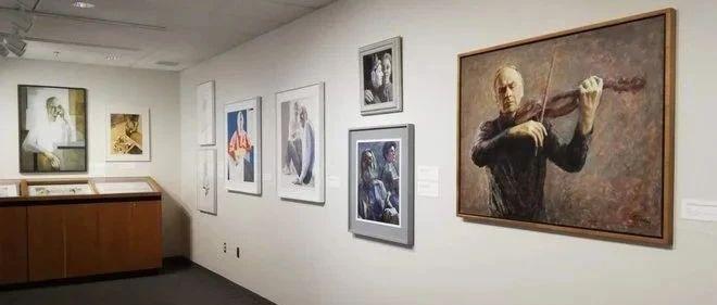 新增4例!懵了…UVIC艺术画廊无故被车撞!Saanich男子收藏未成年XX被起诉!!