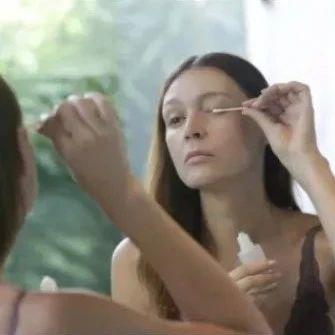 紧急!大温华人妹子超爱用的睫毛精华可能导致眼瞎!使用注意了